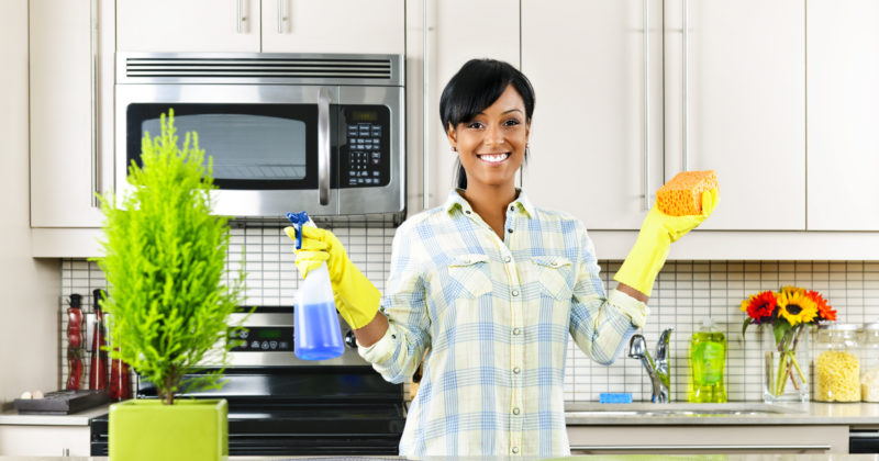 Should You Hire Los Angeles Maids Service Before Selling Your Home?