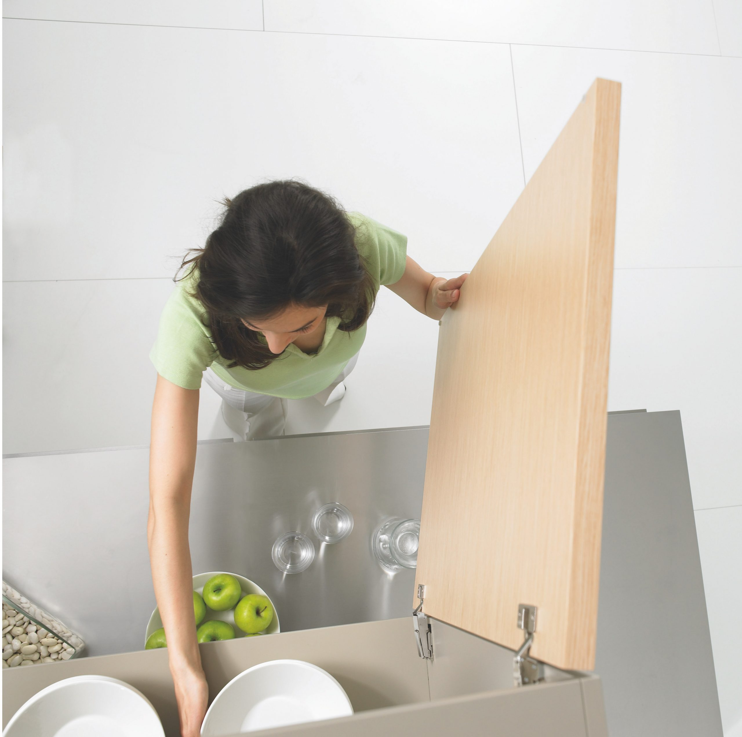 kitchen cabinets deep cleaning service